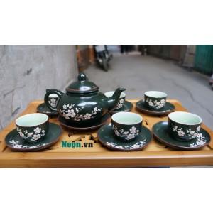 Ấm pha trà Bát Tràng men xanh rêu khắc đào AC17