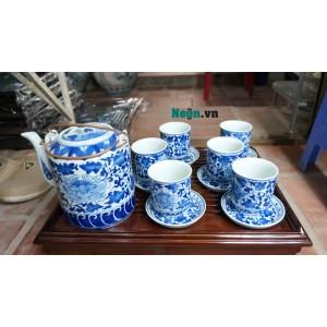 Ấm tích pha trà xanh men lam cổ vẽ hoa dây Bát Tràng AC53